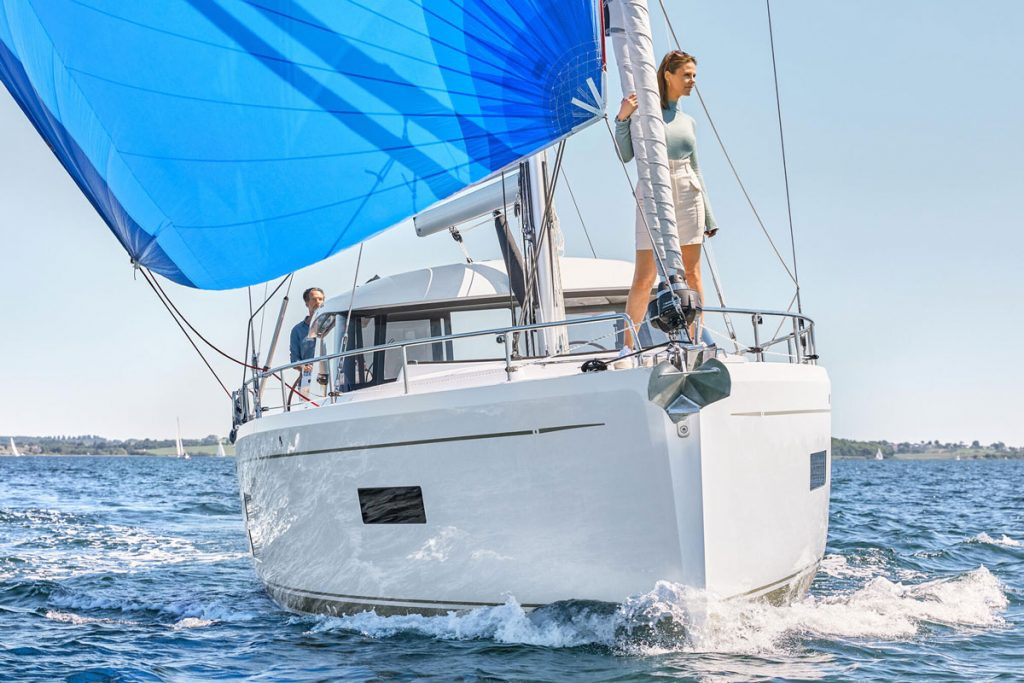 Moody 41 DS for sale in Baleares brokerage FYS Baleares