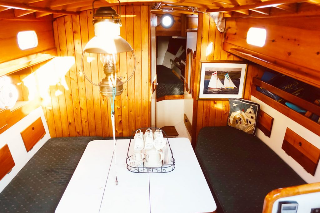 Classic-Bermudian-Cutter 36' for sale with Flensburger Yacht Service Mallorca